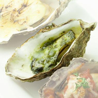 殻付き牡蠣ジェノベーゼソース